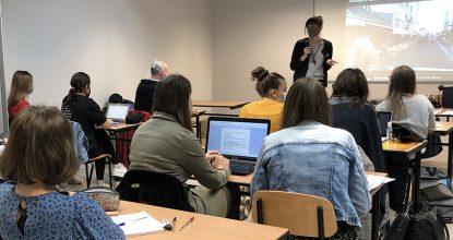 Le Messageur Est Intervenu Sur Le Thème De La Connectivité Auprès D'étudiants En Audioprothèse à Fougères